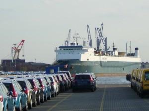 Ro-ro-ship_Maestro_Sea