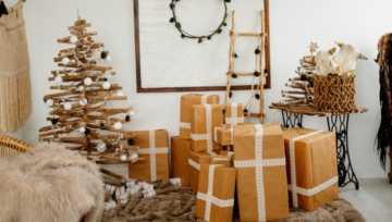 Christmas is over. Here are 5+1 tips to pack all Christmas decorations!